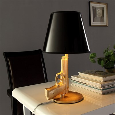 Дизайнерские настольные лампы в современном интерьере