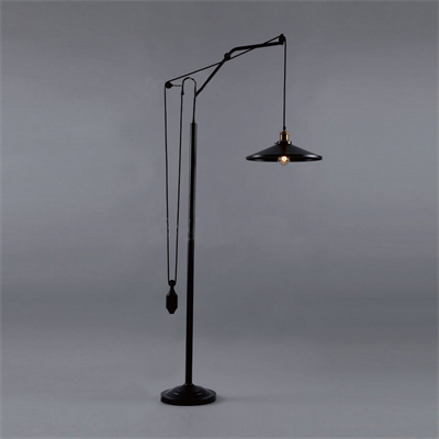 Торшер Loft Industrial Floor Lamp с противовесом