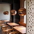 светильник подвесной медного цвета Copper Shade  Tom Dixon D35 для кафе