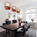 Copper Shade by Tom Dixon D45 светильник подвесной над обеденным столом