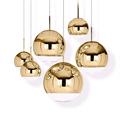 Светильник в виде подвешенного золотого шара Mirror Ball D20
