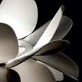 Лампа настольная в виде белого цветка SOHO Studio Infiori