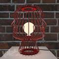 Лампа настольная в виде головы из красных прутьев SOHO Studio Head