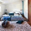 Бра Artemide Tolomeo Micro в интерьере спальни