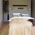 Бра Artemide Tolomeo Micro в дизайне спальни