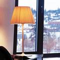 Лампа настольная в классическом стиле Флос Ромео Soft T